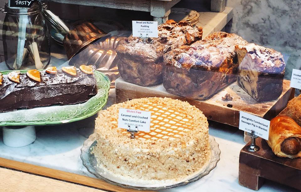 Gateaux Muriels Kitchen